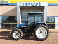 Trator New Holland TL 80 4x4 ano 99
