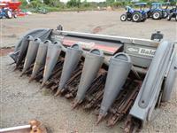 Plataforma de milho 8 linhas, espaçamento de 50, modelo Potenza, marca Baldan, ano 2013.