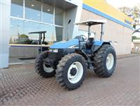 Trator New Holland TS 110