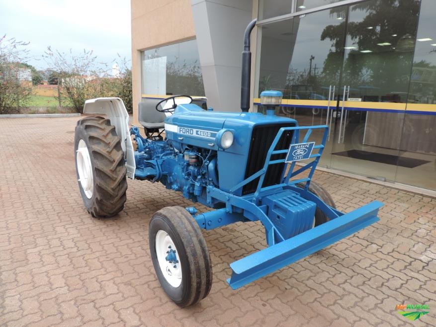 Trator Ford 4600 4x2 ano 79