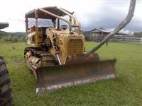 Trator de esteira Caterpillar D4E