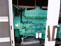 vende-se 01 Gerador de 450KVa eletrônico Motor Cummins