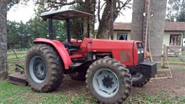Trator Massey Ferguson 275 Collector 4x4 ano 06