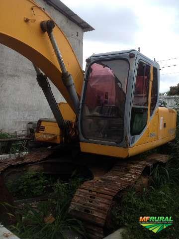 ESCAVADEIRA XCMG  210 ANO 2010