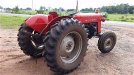Trator Massey Ferguson 50 X 4x2 ano 74